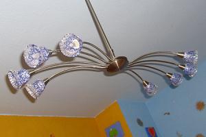 Stromfresser im Haushalt identifizieren: die richtige Beleuchtung